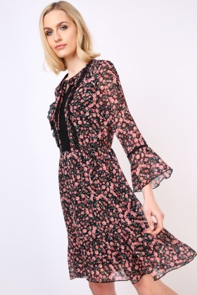 Lace Panel Rose Printed Dress