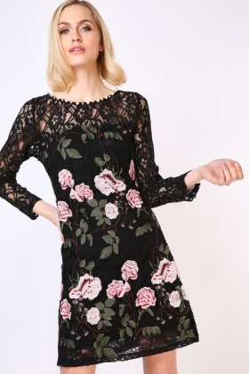 Large Flower Embroidered Lace Dress