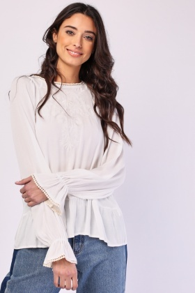 Embroidered Motif Crinkle Blouse