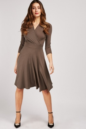 Ribbed Midi Swing Dress