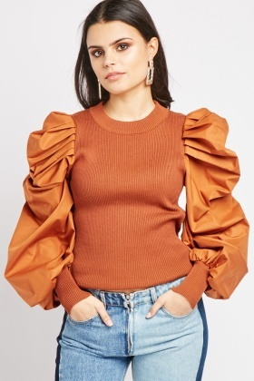 Gathered Puff Sleeve Ribbed Top