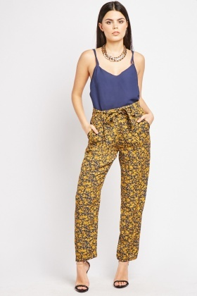Ditsy Floral Print Trousers