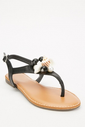 Shell Detailed Front Sandals