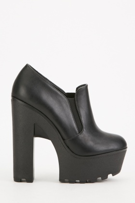 Chunky Heeled Faux Leather Shoes