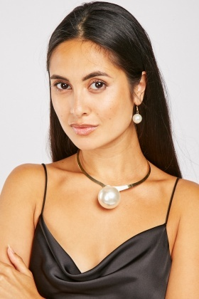 Pearl Choker Necklace And Drop Earrings Set
