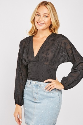 Textured Batwing Sleeve Crop Top