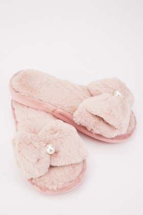 Faux Pearl Detail Fluffy Slippers