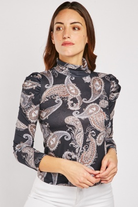 Turtle Neck Paisley Print Top
