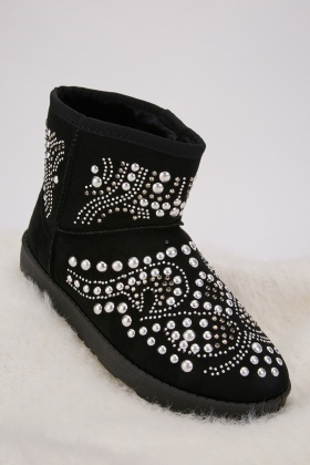 Studded Pattern Winter Boots