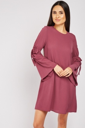 Flute Sleeve Shift Dress In Berry