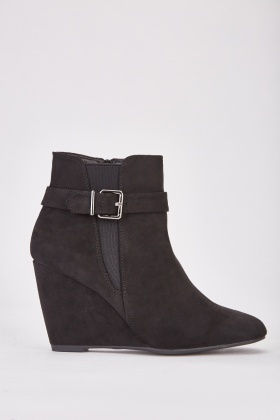 Buckle Detail Wedge Boots