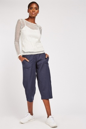 Straight Cut Capri Trousers