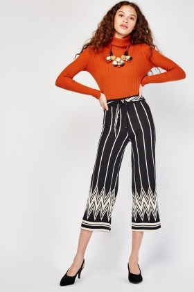 Art Deco Print Crop Trousers
