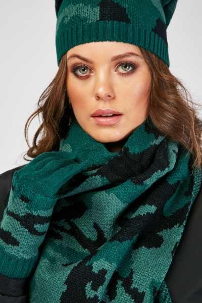 Camo Print Hat Scarf And Finger-Less Gloves Set
