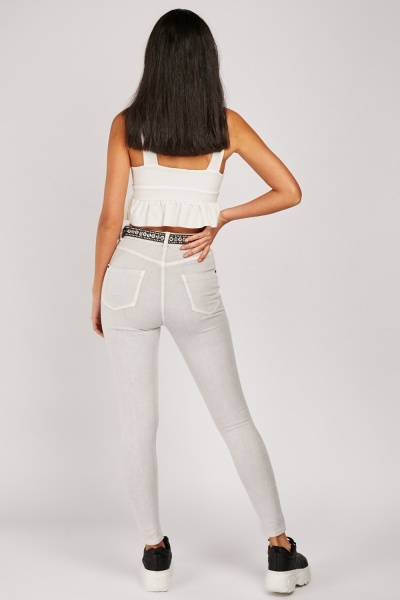 Super Skinny Mid Rise Jeans
