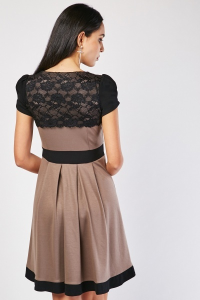 Lace Overlay Bodice Midi Dress
