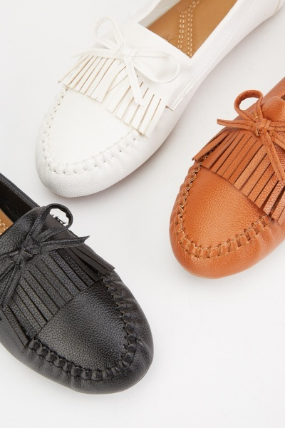 Bow Fringe Detail Loafers