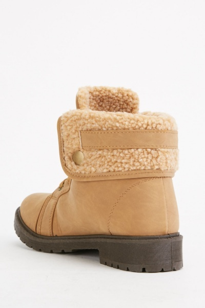 Fleece Buckle Strap Boots