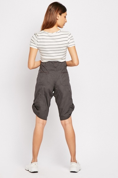 Oversized Pocket Front Cotton Shorts