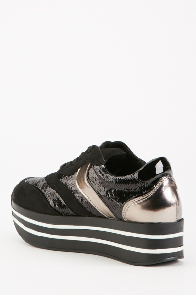 Contrasted Low Top Trainers