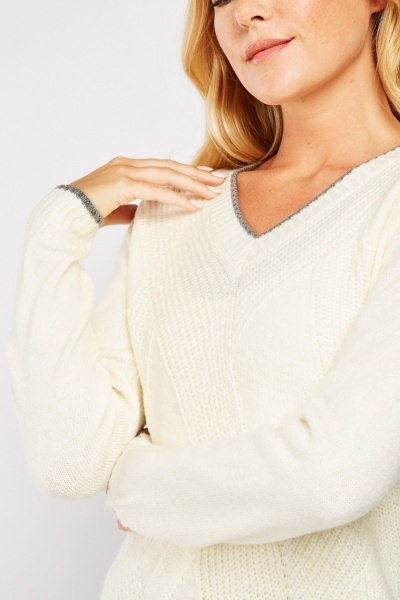 V-Neck Contrasted Knit Jumper