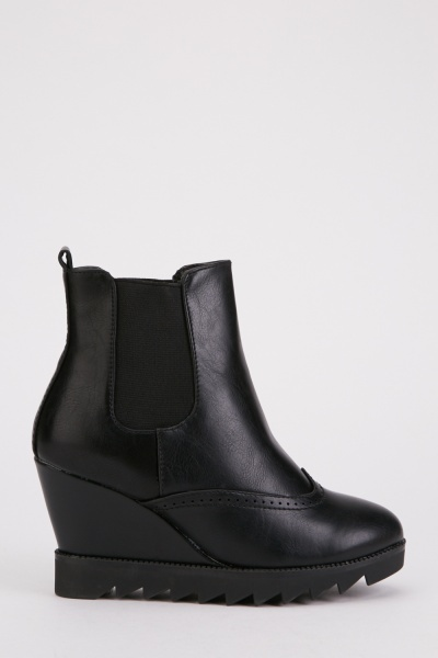 Elasticated Side Wedge Boots
