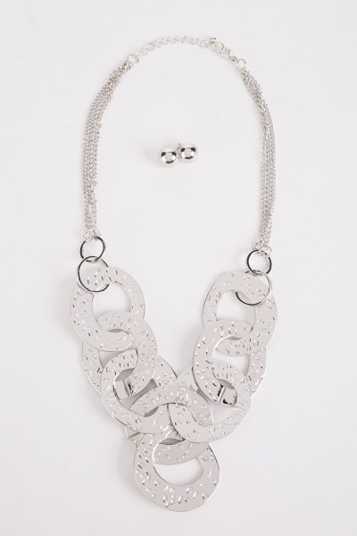Textured Pattern Chain Strap Earrings And Necklace Set