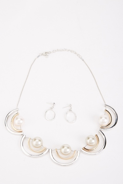Faux Pearl Contrasted Necklace And Drop Earrings Set
