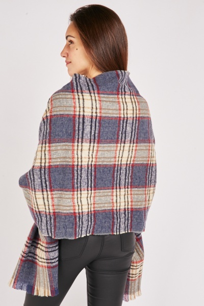 Raw Edge Plaid Scarf