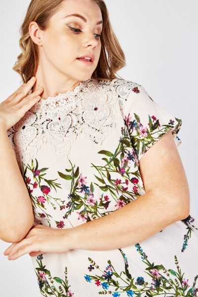 Crochet Trim Floral Blouse