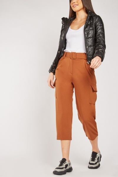 Flap Pocket Side Cropped Trousers