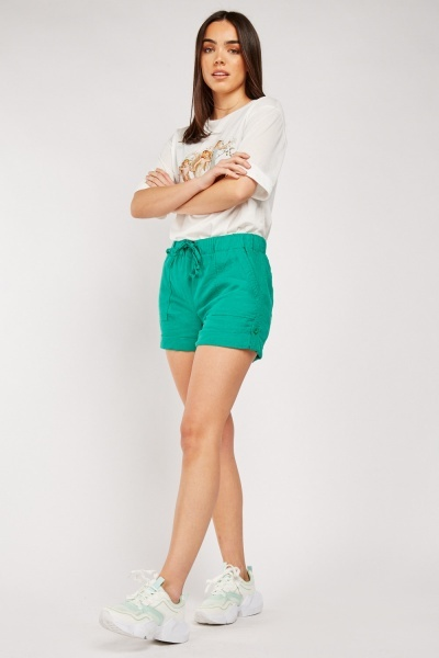 Roll Up Green Casual Shorts