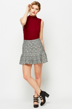 High Waist Flare Out Check Skirt