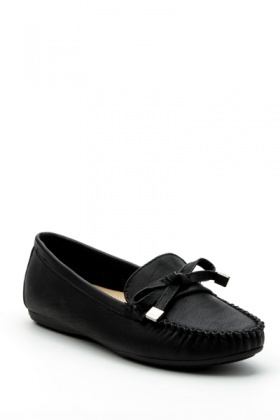 Metal Tip Bow Loafers