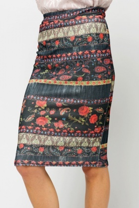 Textured Ornate Rose Skirt