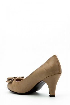 5aabd6953a982 Gold Trim Bow Mid-Heel Court Shoes - Just £5