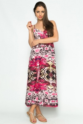 For the woman on a budget, our selection of discount evening dresses, affordable cocktail dresses, cheap party dresses, and inexpensive casual dresses can't be beat. We are showing you all of our dresses that are available in the color you have selected, even if the picture is in a different color.