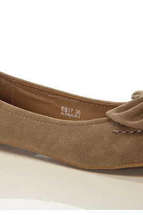 Large Bow & Stitch Detail Flats