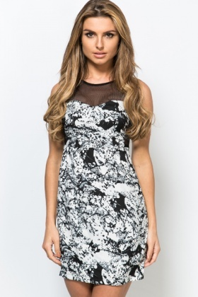 Net Insert Smudge Print Dress