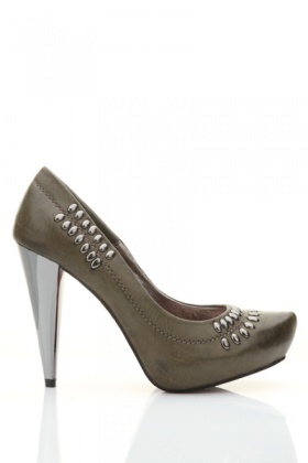 Oval Stud Toe Court Shoes