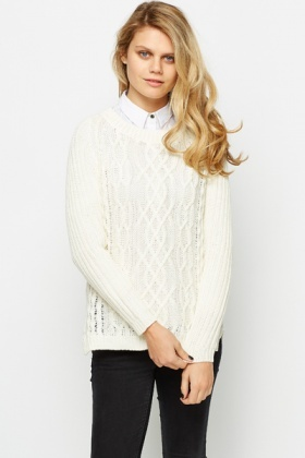Slit Hem Cable Knit Pullover