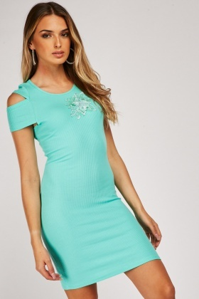 Cut Out Shoulder Ribbed Bodycon Dress With Flower Applique