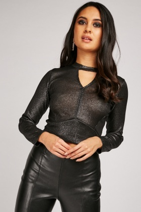 Keyhole Metallic Ribbed Top