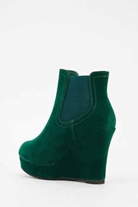 Elastic Panels To Top Velour Wedge Boots