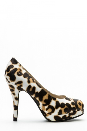 Leopard Print Court Shoes