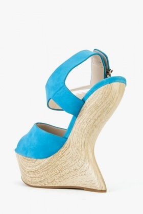 Curved Wedge Sandals