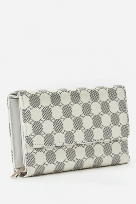 Textured Faux Leather Cream Wallet