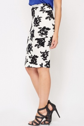 Jacquard Rose Bodycon Skirt