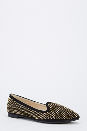 Encrusted Pointed Flats