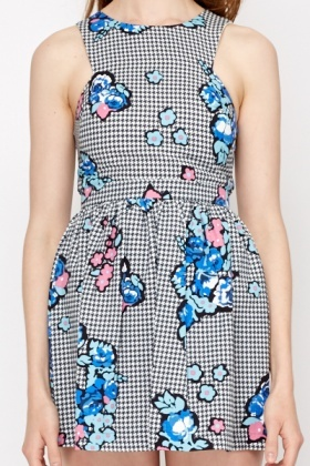 Hounds Tooth Print Skater Dress